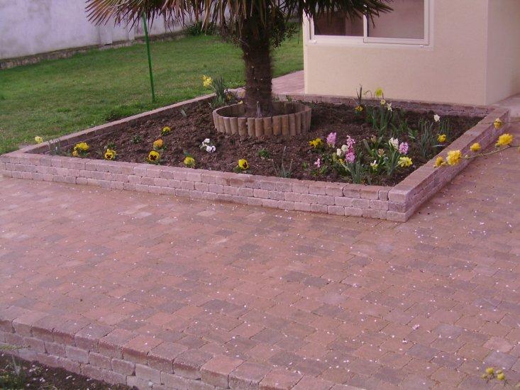 pavage pour terrasse et trottoir paysagiste toulouse les jardins du sud. Black Bedroom Furniture Sets. Home Design Ideas