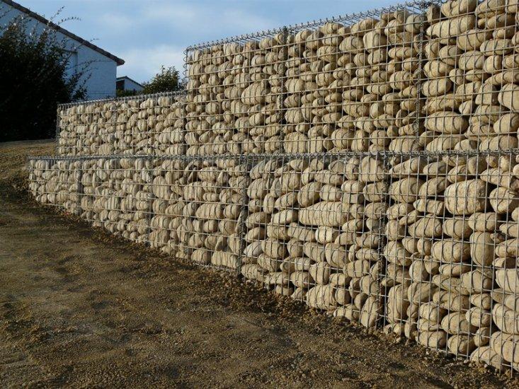 Mur en Gabion dans un parking d\'entreprise à Muret - Paysagiste ...