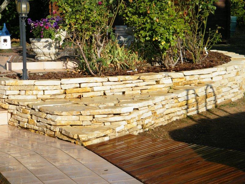 Murets en pierres s ches ou pierres du lot toulouse - Pierres pour muret de jardin ...