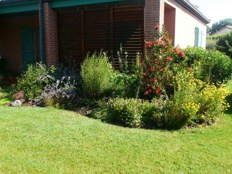 Jardinier pour entretien d 39 espaces verts cugnaux 31270 for Contrat type entretien espaces verts